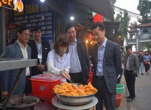 Hà Nội: Kiểm tra an toàn thực phẩm tại khu vực Phủ Tây Hồ