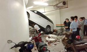 Va chạm xe trong hầm chung cư: Xử lý như thế nào?