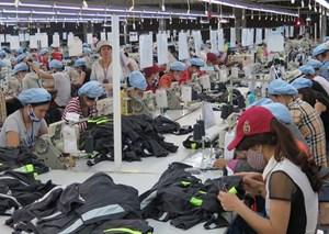 Hãng Fitch nâng mức xếp hạng tín nhiệm của Việt Nam lên BB