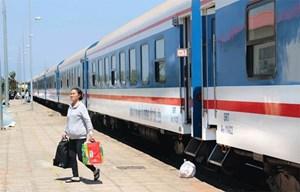 Khuyến cáo hành khách mua vé tàu online tại website của Ngành đường sắt