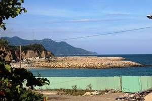 Lấn Vịnh Nha Trang, Champarama Resort & Spa bị phạt hơn 100 triệu đồng