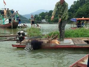 Một người chết bất thường trên chiếc thuyền trôi tự do
