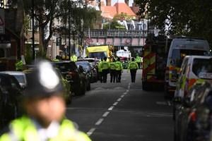 Nghi can thứ 6 vụ tấn công ga tàu điện ngầm ở London bị bắt