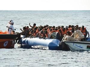 Hải quân Libya cứu nhiều người di cư trên biển