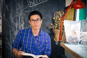 Nhà thơ Nguyễn Phong Việt: Lòng biết ơn đánh dấu sự trưởng thành của một con người