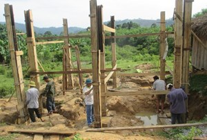 Quảng Bình: Sửa chữa 12 ngôi nhà cho đồng bào dân tộc thiểu số