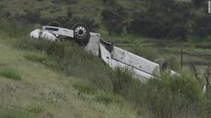 Mỹ: Xe buýt chở khách bị lật, hơn 20 người thương vong