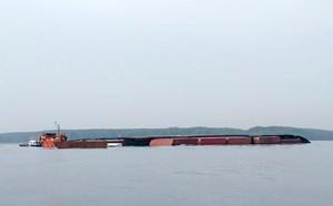 Vụ chìm tàu trên sông Lòng Tàu: Tạm thời thông tuyến luồng  cho các tàu lớn đi qua