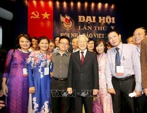 Tổng Bí thư, Chủ tịch nước gửi thư chúc mừng 70 năm thành lập Hội Nhà báo Việt Nam