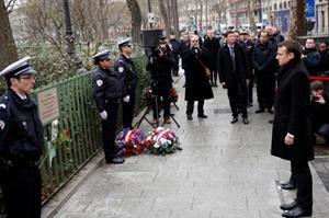 Tổng thống Pháp dự tưởng niệm 3 năm vụ tấn công đẫm máu tạp chí Charlie Hebdo