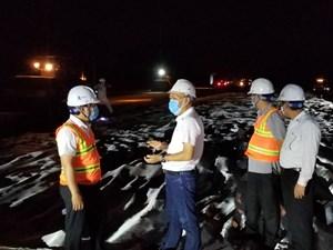 Thi công xuyên đêm các gói thầu Dự án cao tốc Trung Lương - Mỹ Thuận
