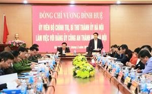 Bí thư Thành ủy Hà Nội làm việc với Công an thành phố về dịch Covid-19