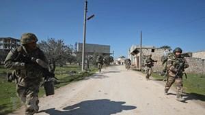 Thổ Nhĩ Kỳ tấn công trả đũa, chiến sự không ngừng leo thang ở Syria