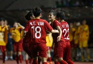 Tuyển nữ Việt Nam vào chung kết
