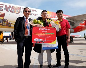 Vietjet cùng Khánh Hòa chào đón vị khách thứ 10 triệu của năm 2019