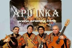 Ban nhạc Apu Inka biểu diễn tại Hà Nội