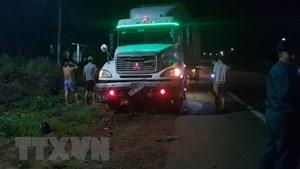 Bình Phước: Xe container tông trực diện xe máy, 2 người thương vong