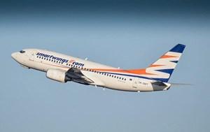 Hungary: Máy bay chở khách hạ cánh khẩn cấp vì sự cố