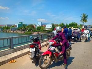 Quảng Nam: Cụ ông 74 tuổi nhảy cầu Tam Hòa tự tử