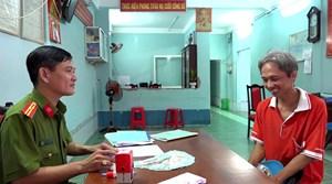 An Giang:Người đàn ông làm thuê tìm chủ nhân số tiền 50 triệu đồng bên đường