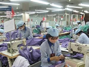 BẢN TIN MẶT TRẬN: Công nhân U40 đã lo thất nghiệp