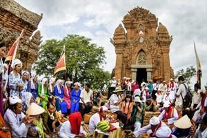 Bảo tồn và phát huy giá trị di sản âm nhạc Chăm ở Ninh Thuận