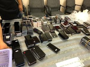 Bắt giữ hơn 400 chiếc điện thoại nhập lậu từ Hàn Quốc