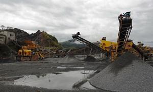 Buông lỏng an toàn lao động tại các mỏ đá