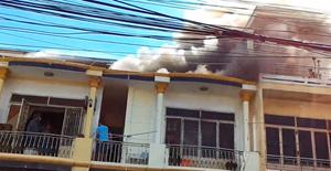 Cháy nhà ở Hội An, nhiều người dân hoảng hốt