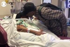 Cụ ông 99 tuổi đi bộ 10 km mỗi ngày thăm vợ nằm viện