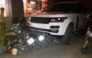 Cướp xe Range Rover bỏ chạy, gây tai nạn liên hoàn?