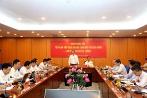 Đoàn Tiểu ban Văn kiện Đại hội XIII làm việc với Bộ Tài chính