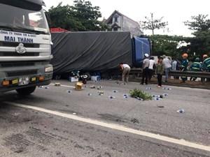 [VIDEO] 5 người thương vong khi dừng xem tai nạn