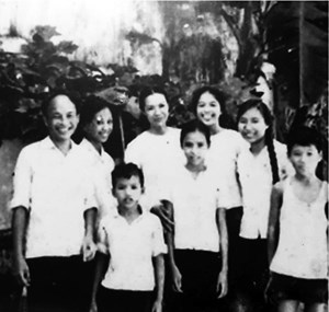Nhà báo Phương Vũ, con trai nhà văn Tô Hoài: 'Với các con, cha tôi luôn là thần tượng...