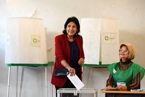 Gruzia phải tiến hành bầu cử Tổng thống vòng 2