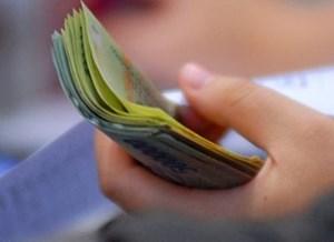 Hà Nội thưởng Tết cao nhất 100 triệu đồng