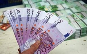 Hàng triệu euro tiền giả trong hồ chứa nước