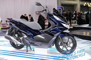 Honda PCX Hybrid giá 90 triệu tại Việt Nam