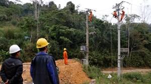 Kịp thời đưa lưới điện quốc gia phục vụ bà con dân tộc thiểu số dịp Tết