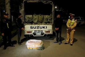 Lạng Sơn: Bắt giữ gần 2 tấn nầm lợn nhập lậu giữa đêm