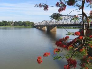 Lấy ý kiến người dân Dự án quy hoạch 2 bờ sông Hương