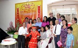 Lễ mừng thượng thọ phu nhân cố luật sư Nguyễn Hữu Thọ