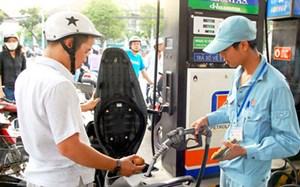 Nặng gánh thuế xăng dầu
