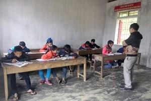 Nghệ An: Tiếp sức đến trường cho trẻ em nghèo