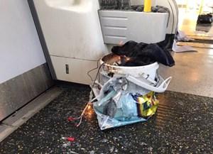Nổ lớn tại trạm tàu điện ngầm ở Anh, nghi khủng bố