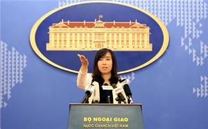 Phản đối Trung Quốc xây rạp chiếu phim trên đảo Hoàng Sa của Việt Nam