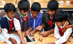 Phát triển hệ thống trường dân tộc nội trú: Còn nhiều khó khăn