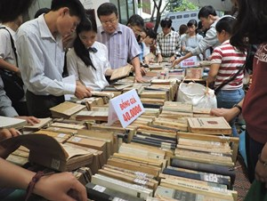 Phiên chợ sách xưa lần thứ I