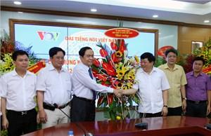 Phó Chủ tịch - Tổng Thư ký Trần Thanh Mẫn chúc mừng Đài Tiếng nói Việt Nam