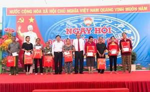 Phó Thủ tướng Thường trực Trương Hòa Bình dự Ngày hội Đại đoàn kết tại tỉnh Bình Dương